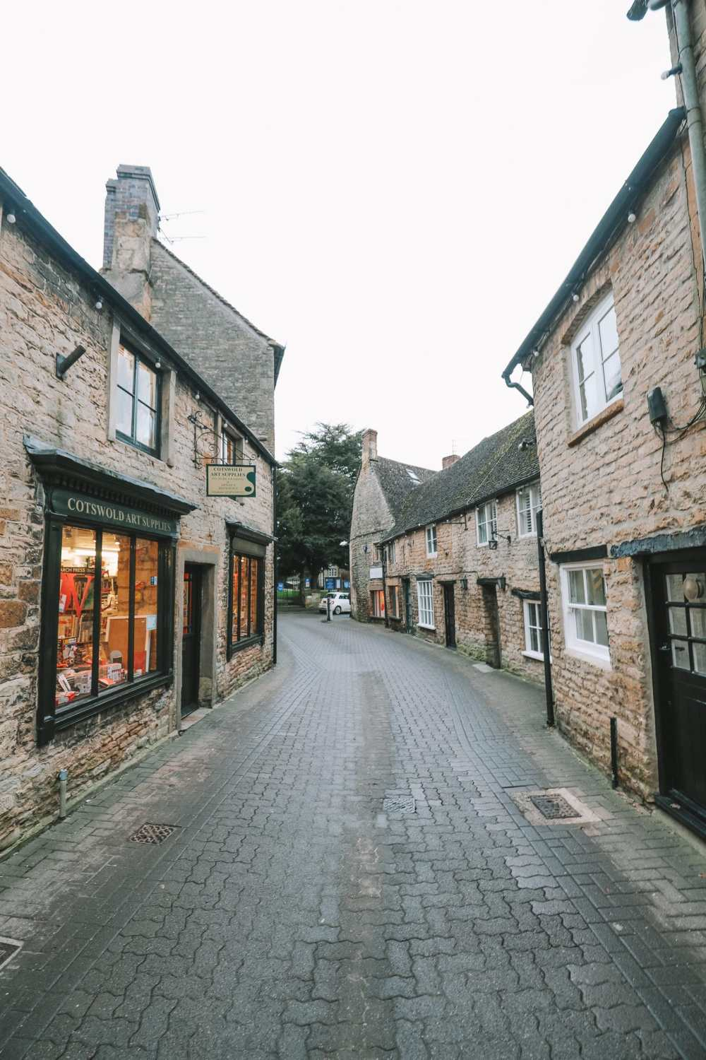 4 Villages And Towns You Have To Visit In The Cotswolds, England (77)