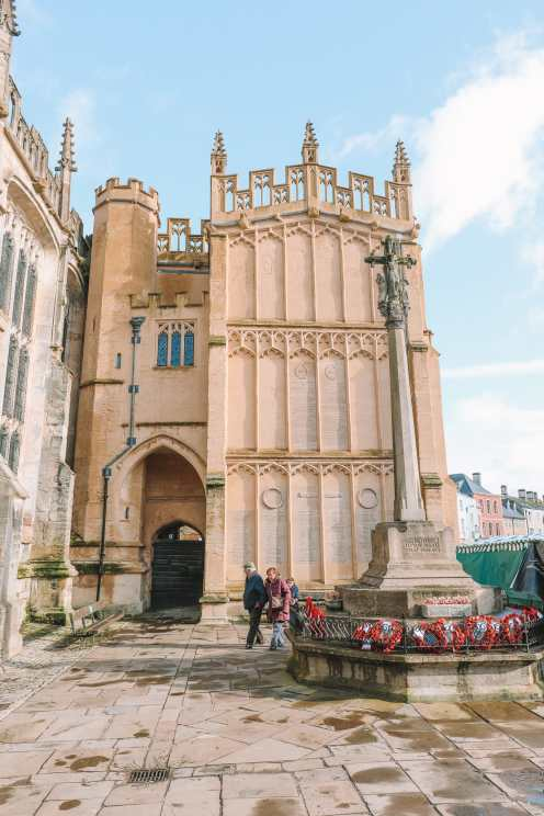 The beautiful market town of Cirencester, England ... (39)