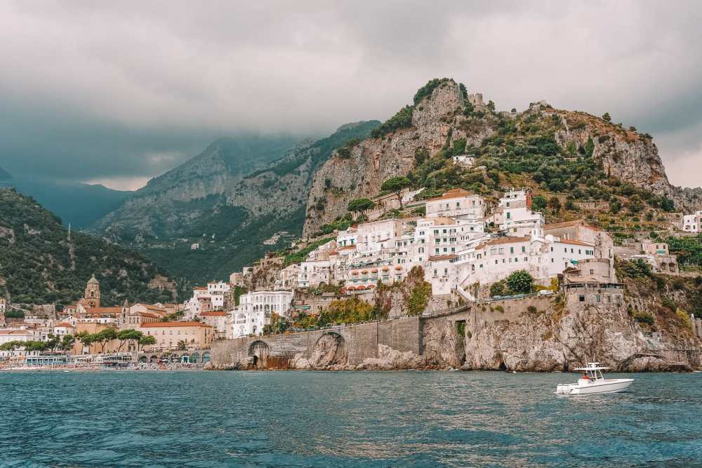12 Beautiful Places In The Amalfi Coast Of Italy That You Have To Visit (11)