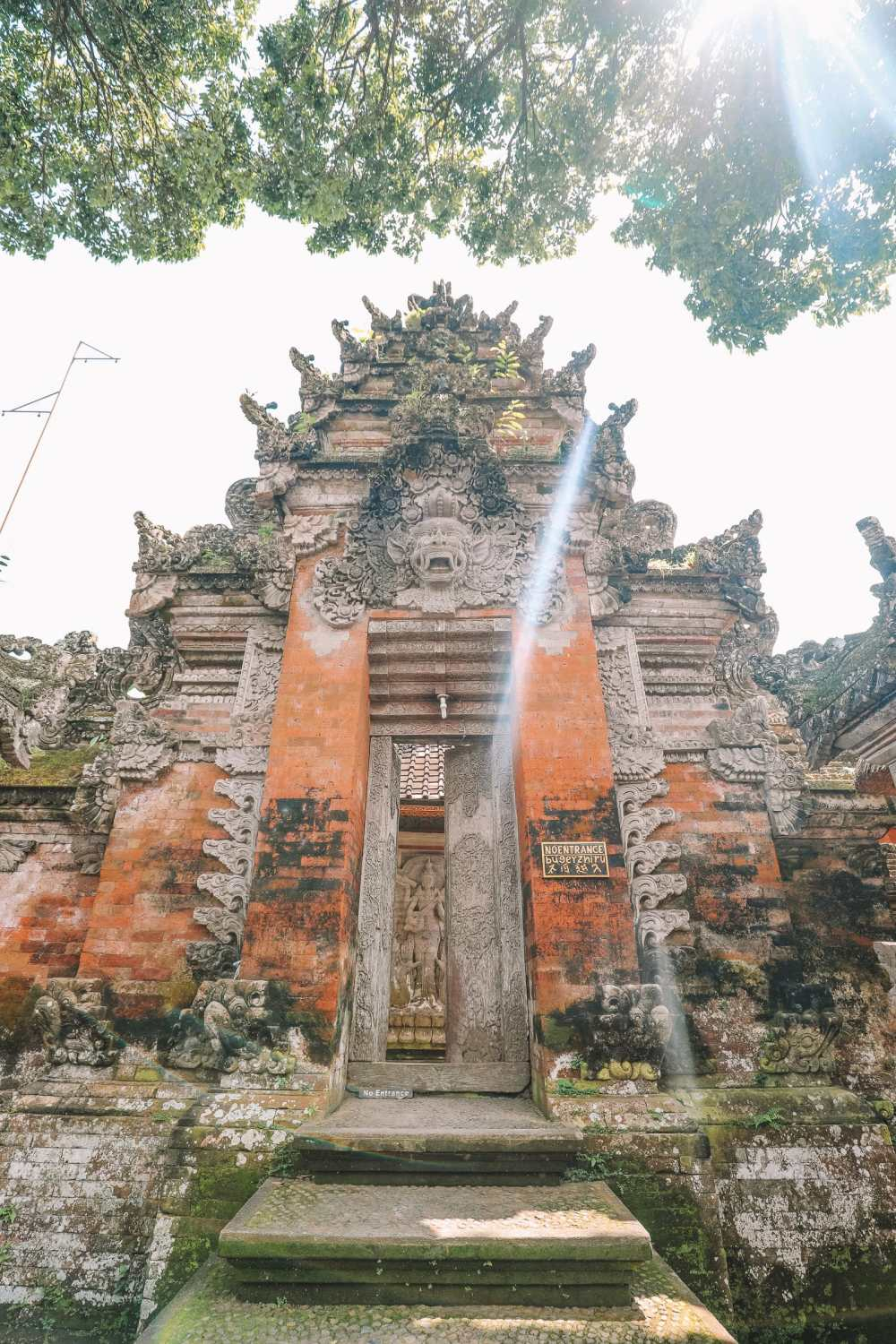 Bali Travel Diary - Ubud Palace, Uluwatu and Tanah Lot (6)