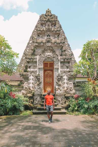Bali Travel Diary - Ubud Palace, Uluwatu and Tanah Lot (8)