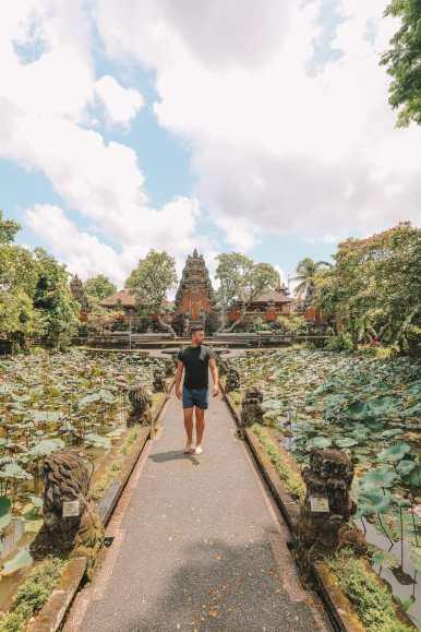 Bali Travel Diary - Ubud Palace, Uluwatu and Tanah Lot (11)