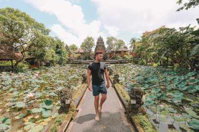 Bali Travel Diary - Ubud Palace, Uluwatu and Tanah Lot (12)