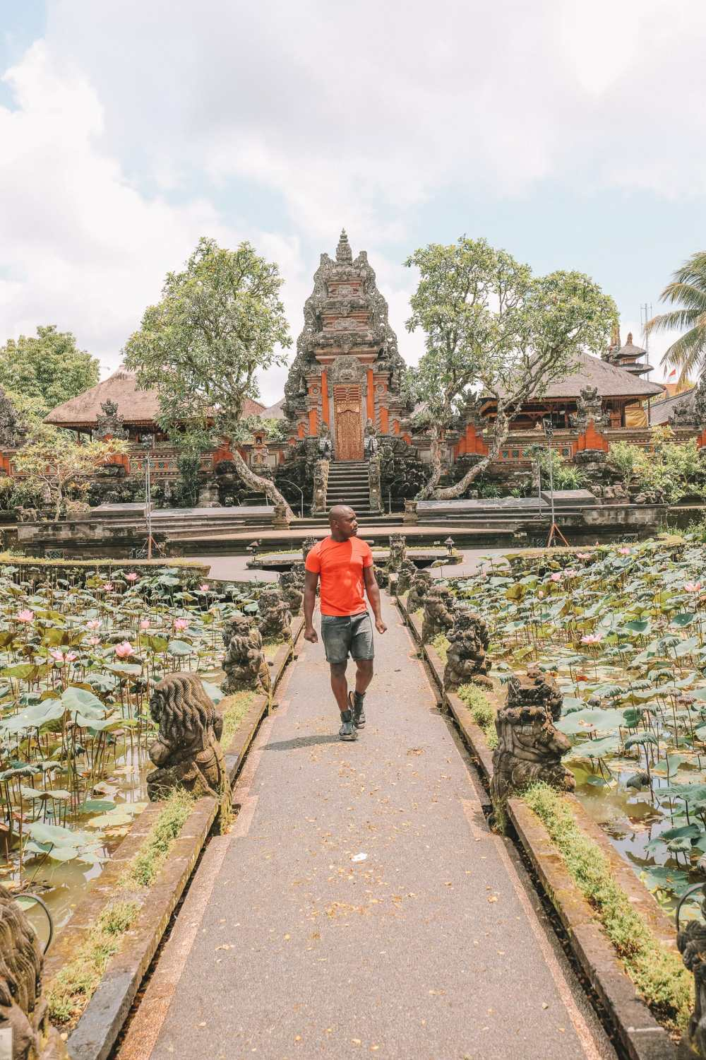Bali Travel Diary - Ubud Palace, Uluwatu and Tanah Lot (14)