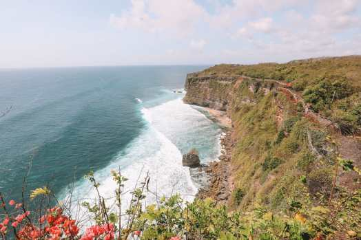 Bali Travel Diary - Ubud Palace, Uluwatu and Tanah Lot (21)
