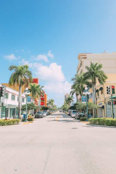 Escaping To The Sunshine (And Beaches) In Fort Lauderdale, Florida (33)