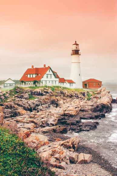 12 beautiful places to visit on the east coast usa hand for Places to vacation on the east coast
