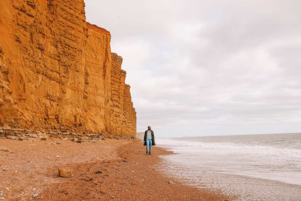 Searching For Dinosaurs And Fossils On The Jurassic Coast Of England (31)
