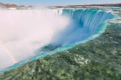 This Is An Amazing Way To Experience Niagara Falls! (17)