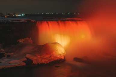 Niagara-On-The-Lake, Vineyards And Niagara Falls At Midnight (72)