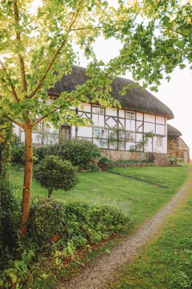 Where To Visit (And Stay) In A Vineyard In England (52)