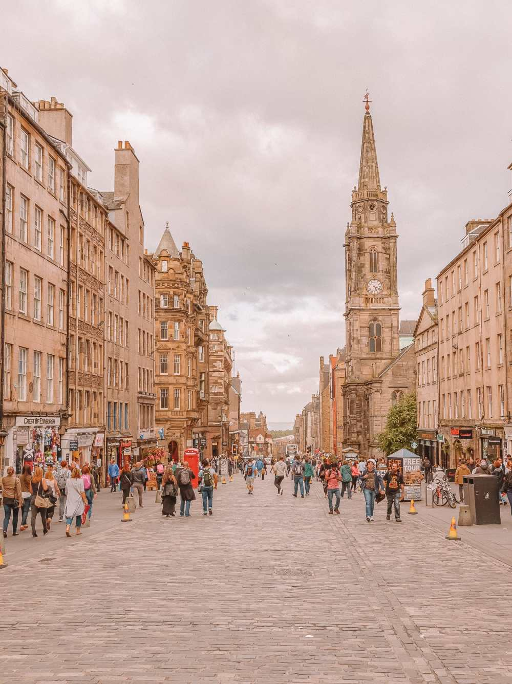 Best Things To Do In Edinburgh, Scotland (11)