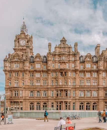 Best Things To Do In Edinburgh, Scotland (10)