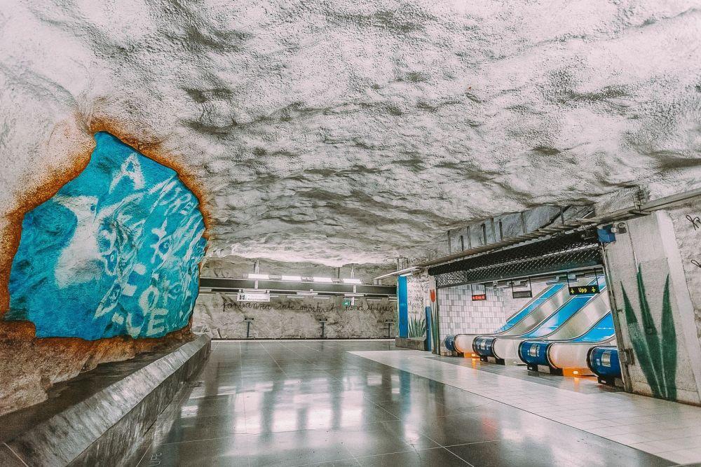 Best Stations Stockholm's Metro Art (13)