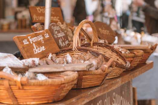 The 12 Best Markets In Paris You Have To Visit (15)