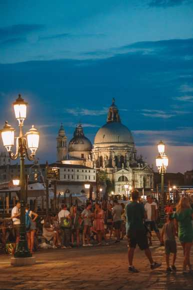 Photos And Postcards From Venice, Italy (8)