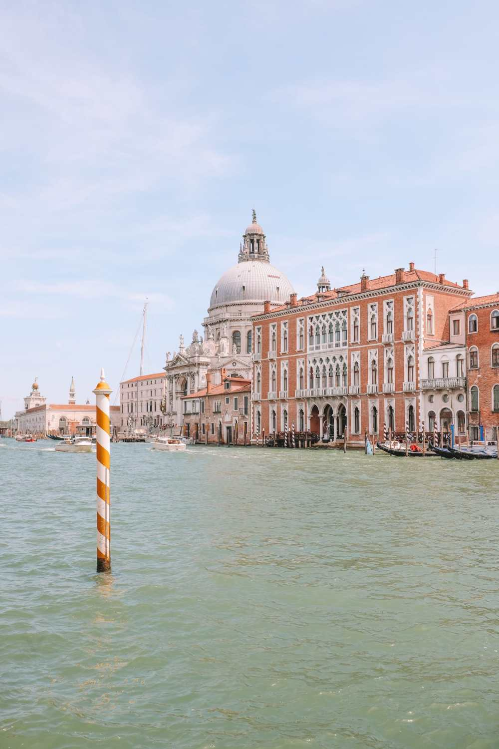 Photos And Postcards From Venice, Italy (9)