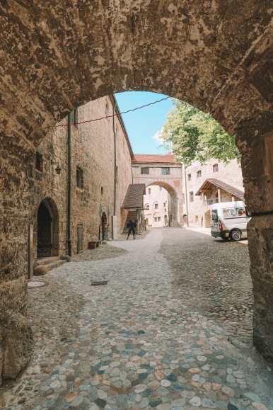 Burghausen single