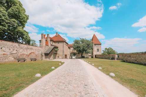 Burghausen Castle - The Longest Castle In The Entire World! (62)