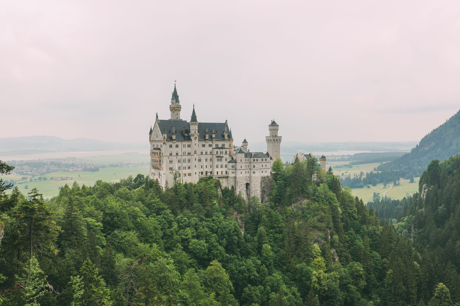 Neuschwanstein Castle - The Most Beautiful Fairytale Castle In Germany You Definitely Have To Visit! (18)