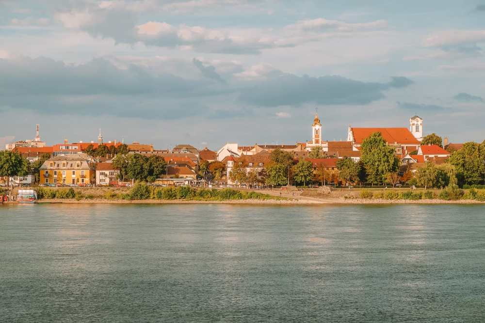 Beautiful Towns And Cities In Hungary To Visit (9)