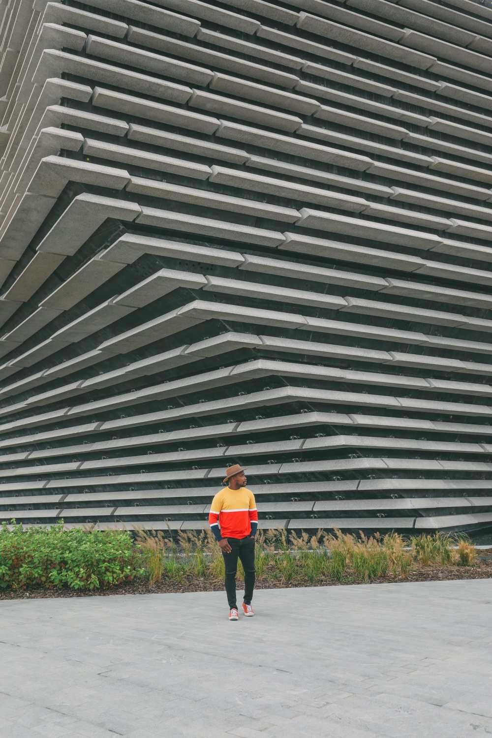 Discovering Two Scottish Gems - The V&A Dundee And The Magnificent Glamis Castle (2)
