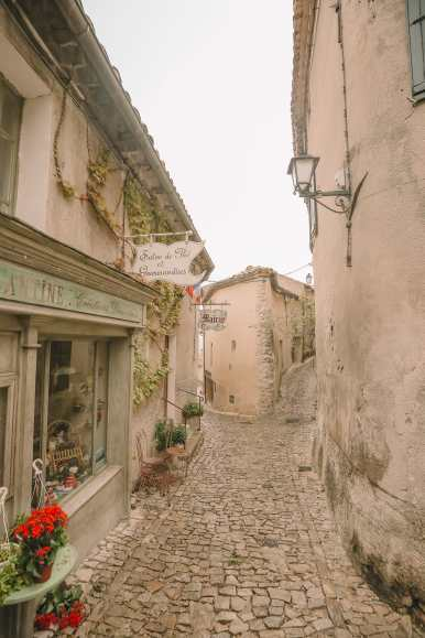 The Pretty Little Villages Of Provence, France (38)