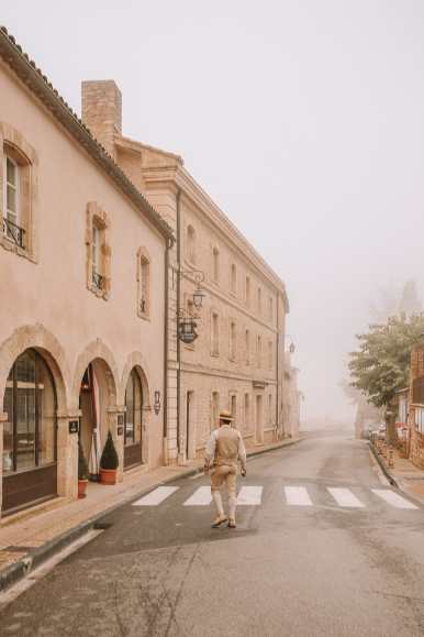 The Absolutely Beautiful Villages Of Gordes and Roussillon In Provence, The South Of France (21)