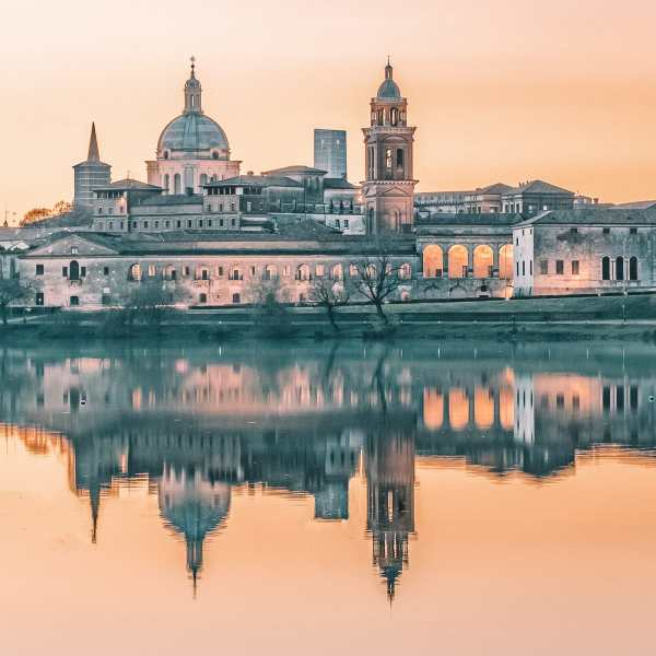 Why You Need To Visit The Ancient City Of Mantua, Italy (28)
