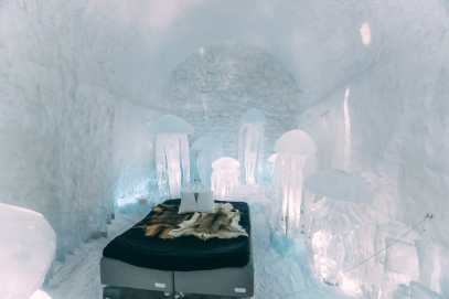 Here's What The ICEHOTEL Looks Like Inside (5)