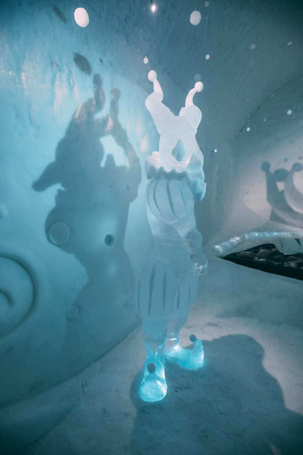 Here's What The ICEHOTEL Looks Like Inside (7)
