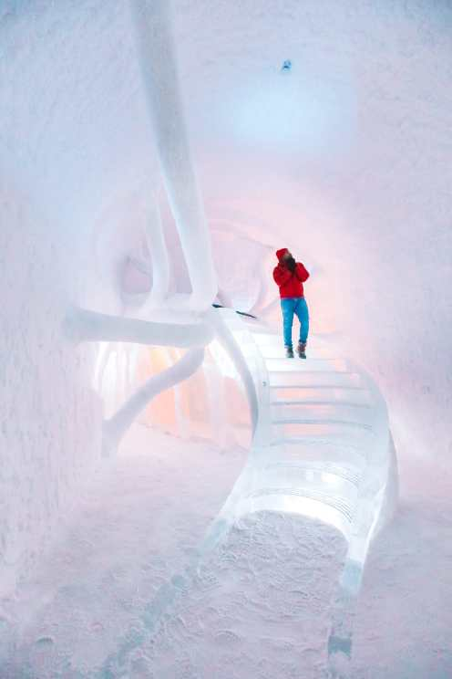 Here's What The ICEHOTEL Looks Like Inside (11)