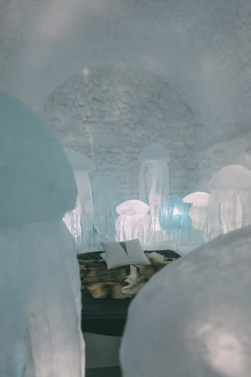 Here's What The ICEHOTEL Looks Like Inside (13)