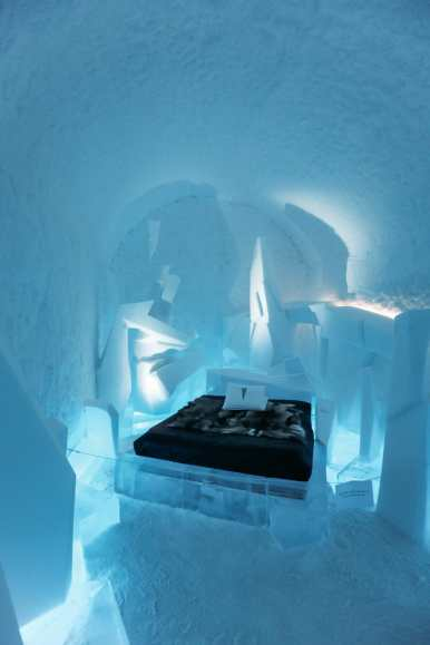 Here's What The ICEHOTEL Looks Like Inside (23)