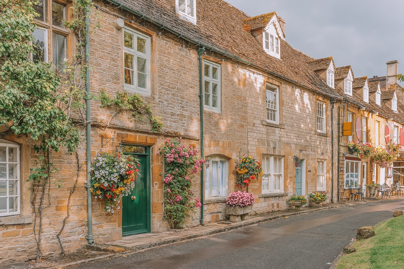 14 Best Places In The Cotswolds You Should Visit (4)