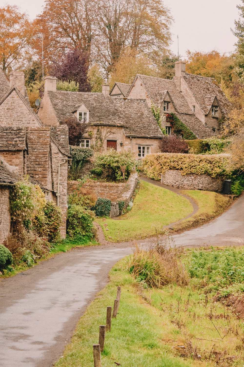 14 Best Places In The Cotswolds You Should Visit (15)