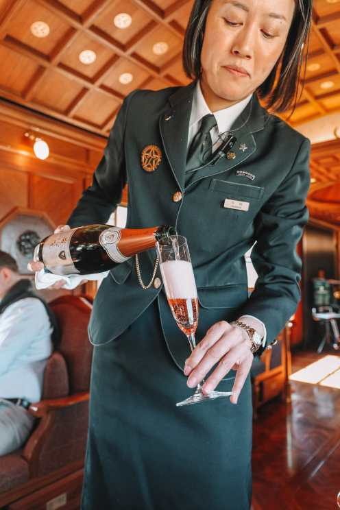 Seven Stars In Kyushu - One Of The Most Luxurious Train Journeys In The World (23)