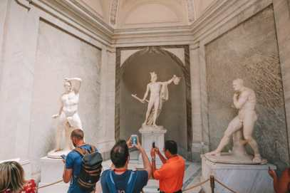 Exploring Vatican City And The Sistine Chapel, Rome (9)