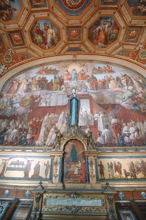 Exploring Vatican City And The Sistine Chapel, Rome (33)