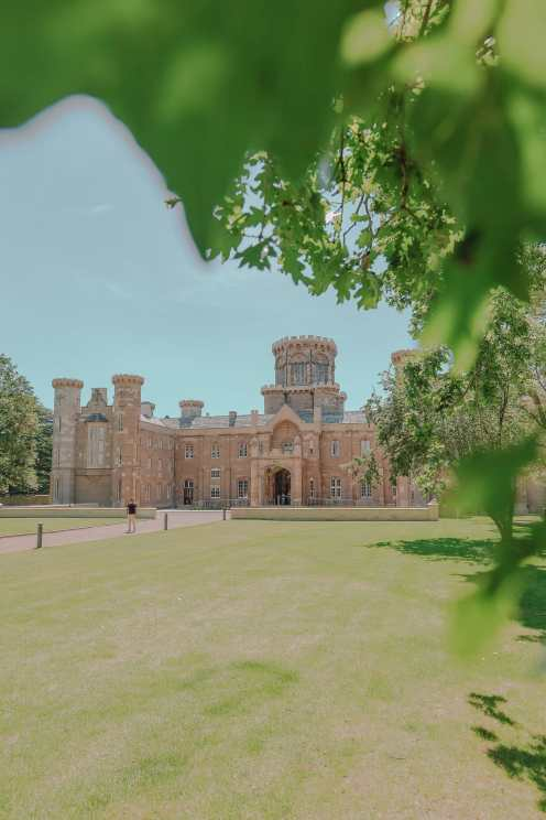 How To Have An Incredible Stay In Studley Castle (52)
