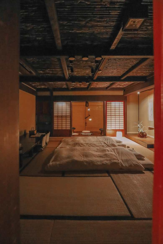 Finding The Samurai District Of Kanazawa and Hakusan City - Japan (1)