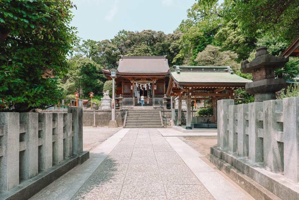 Temple Searching And Traditional Ryokans In Yokohama - Japan (25)