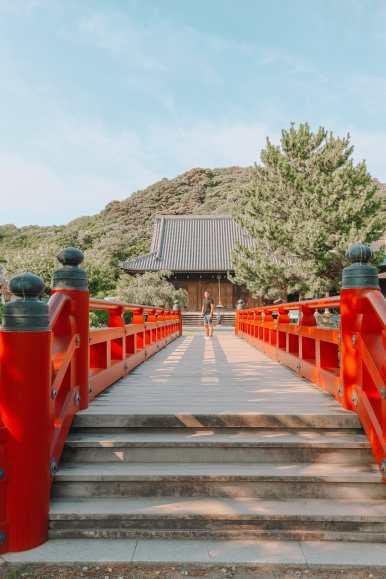 Temple Searching And Traditional Ryokans In Yokohama - Japan (12)