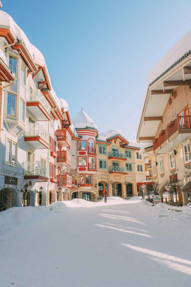 10 Beautiful And Best Places To Ski This Year (5)