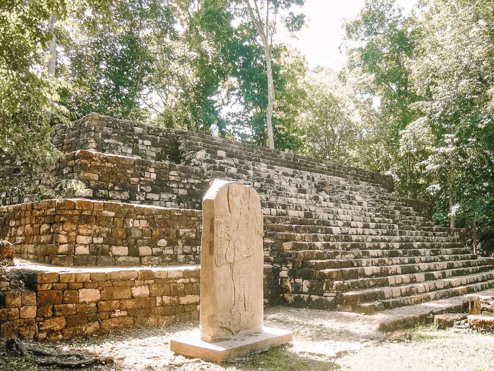 Guatemala Travel: 13 Amazing Mayan Ruins You HAVE To Visit! (1)