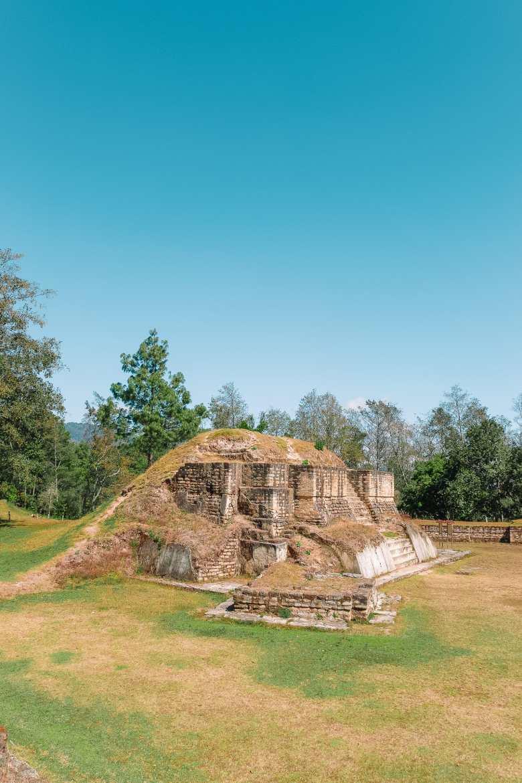 Guatemala Travel: 13 Amazing Mayan Ruins You HAVE To Visit! (4)