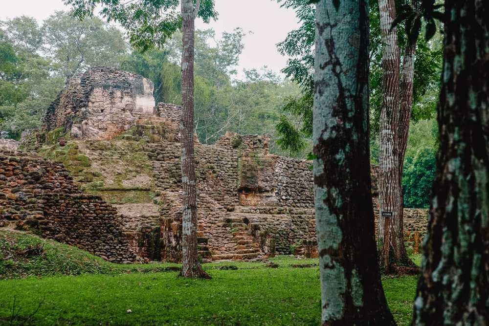 Guatemala Travel: 13 Amazing Mayan Ruins You HAVE To Visit! (14)