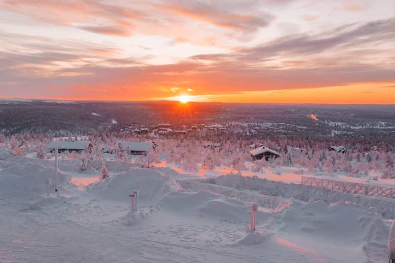 The Northern Lights Village And Star Arctic... In Lapland, Finland (33)