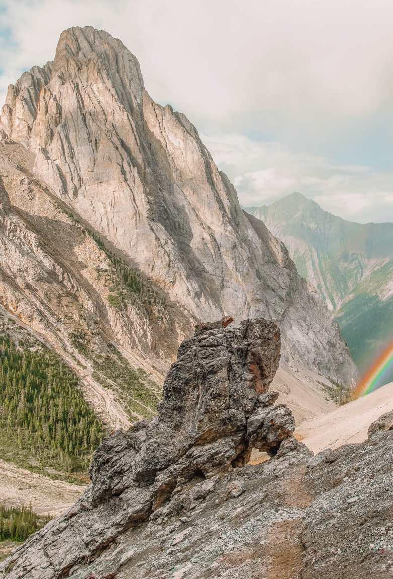 11 Best Hikes In Alberta (14)