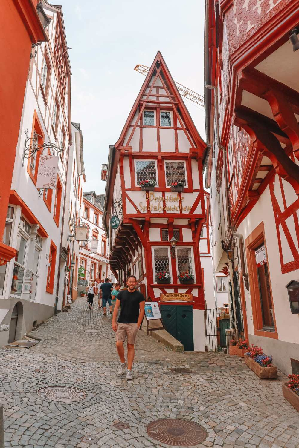 The Incredible Moselle Loop And Beautiful Town Of Bernkastel Kues In Germany (15)